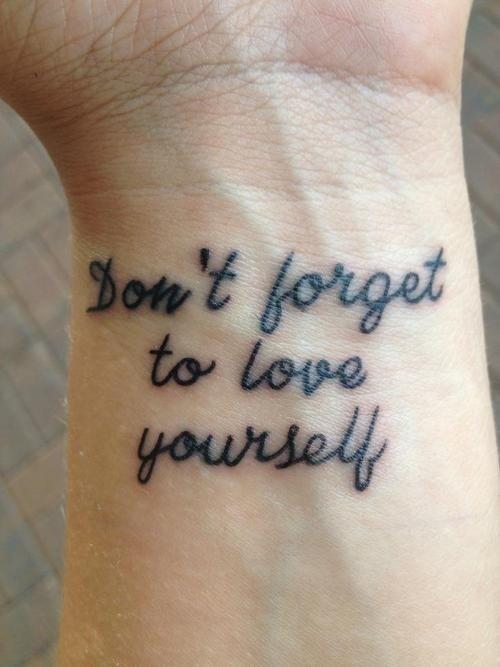 Tatuaggi Piccoli con Scritte: Foto, Significati e Idee ...