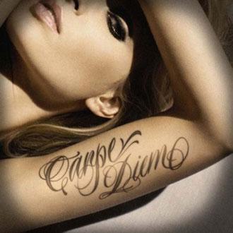 Tatuaggio carpe diem