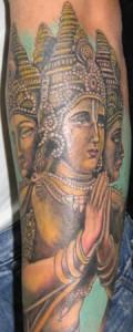 Braccio con tatuaggio persiano
