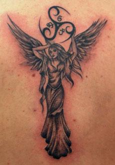 Tatuaggio ribellione angelo