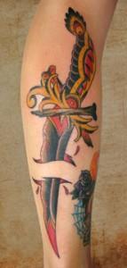 Pugnale tatuaggio