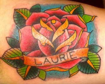 [Immagine: rosa-tatuaggio.jpg]