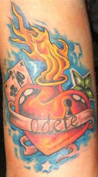 [Immagine: tatuaggio-cuore-old-school.jpg]