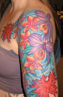 Tatuaggio fiore sul braccio