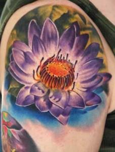 Tatuaggio fiore di loto