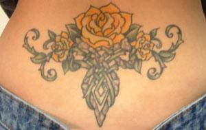 Tatuaggio osso sacro