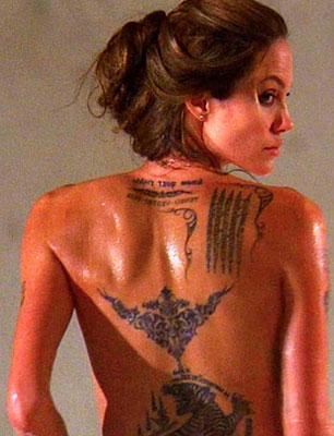 Tattoo maori di Angelina Jolie