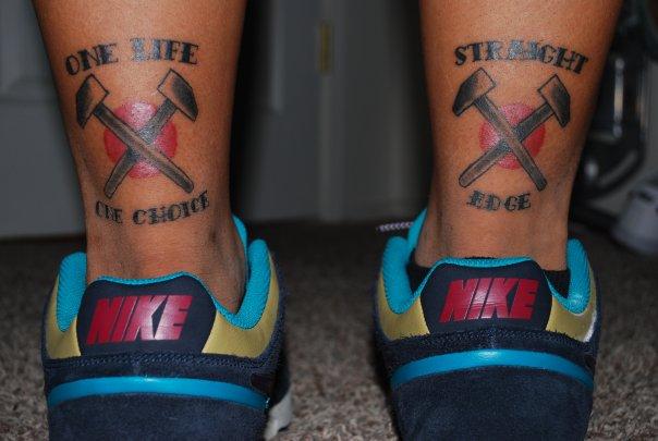 tatuaggio martelli incrociati