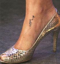note musicali: tatuaggio Rihanna