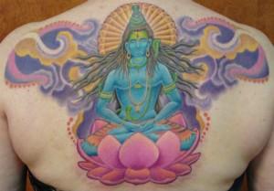 tatuaggio buddha fiore di loto e svastica
