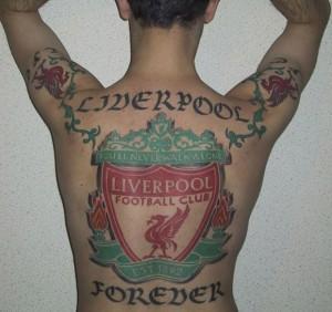 tatuaggi squadre di calcio, cosa scegliere tra nome, simbolo o motto?