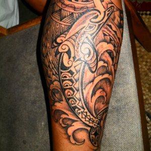 tattoo-delfino-maori