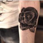 tatuaggio-nero-rosa-tribale