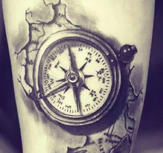 Tatuaggio bussola immagini e significato passionetattoo for Bussola tattoo significato