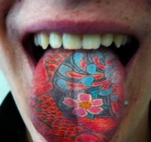tatuaggio lingua