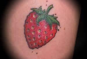 tatuaggio fragola