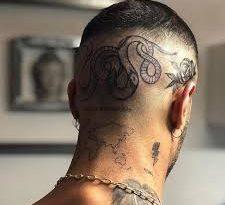 tatuaggio sotto i capelli
