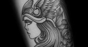 Tattoo Minerva: simbolo e significato